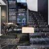 Đá đen tia chớp ốp cầu thang 2