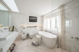 đá volakas ốp phòng tắm 4