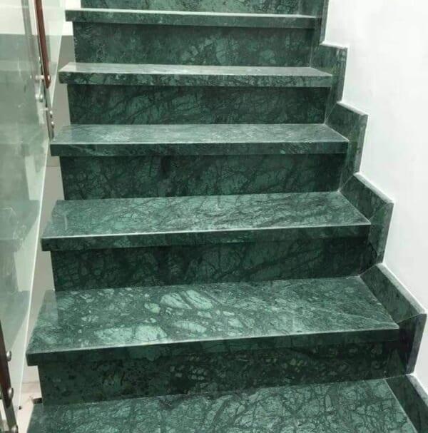 đá xanh vỏ dưa ốp cầu thang 3
