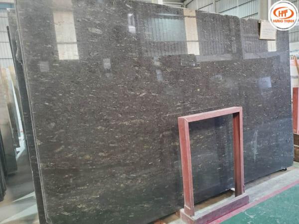 Đá Granite Nâu Mưa Chớp 1