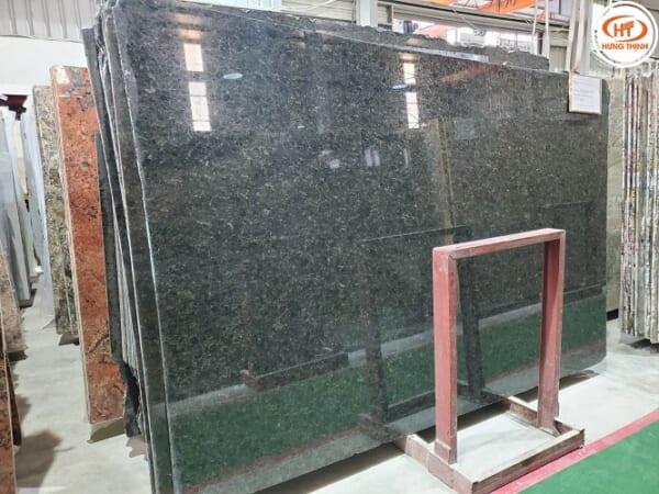 Đá Granite Xanh Bảo Ngọc 1