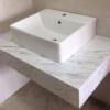bàn đá lavabo trắng ý